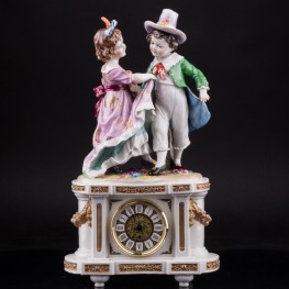 Фарфоровые часы Танцующие дети, Германия, 19 в