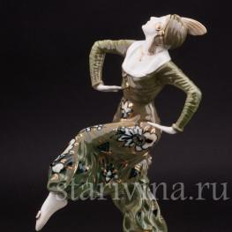 Статуэтка из фарфора Танцовщица с шаром, Hutschenreuther, Германия, 1930 гг.